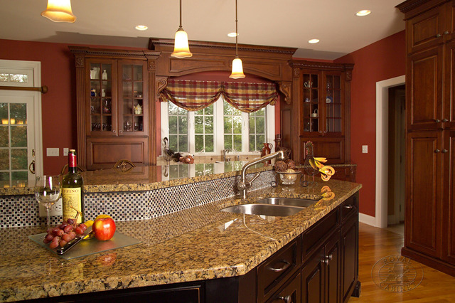 Traditional Kitchen | Kitchen Design Gallery | Traditional Style ...