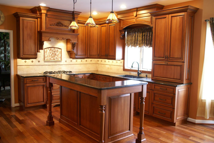 Traditional Kitchen In Environmentally Friendly Lyptus. Inspired Design